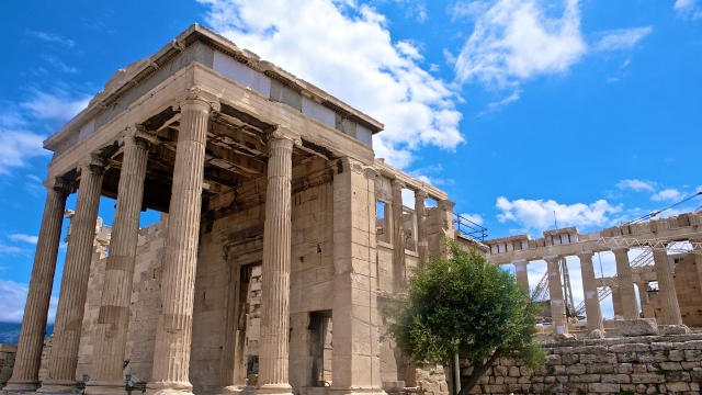 Erectheion:Parthenon